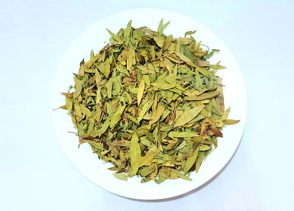 a heap of senna dry leaves in a plate