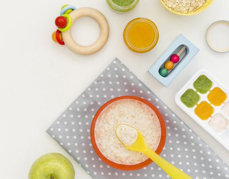 oats cereal and baby vegetable puree