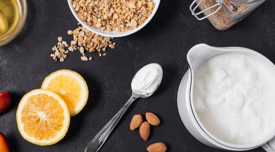 oats, lemon and yogurt