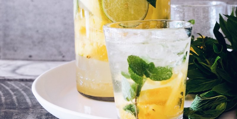 lemon water for acne