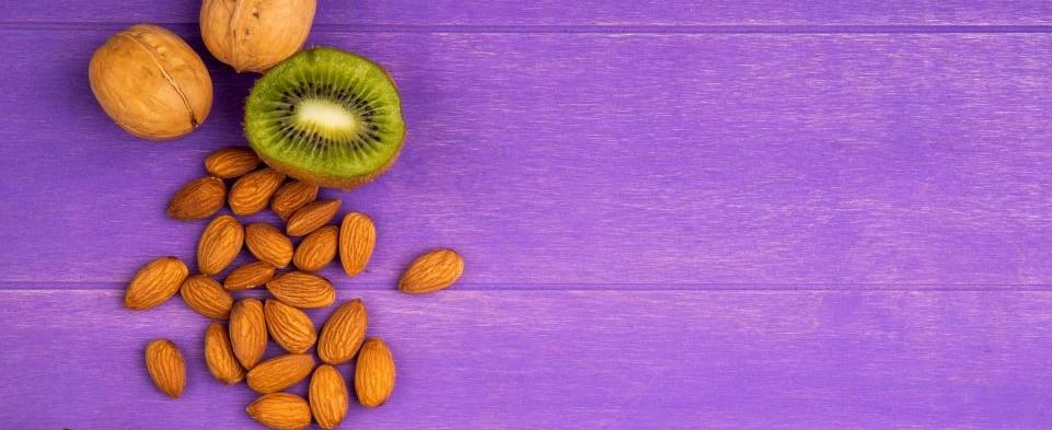 kiwifruit and almonds